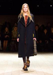 Burberry Womenswear February 2016 Collection - Look 36.jpg