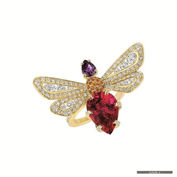 8. Jardin 系列  ATTRAPE MOI 蜜蜂戒指,建議售價 NTD$ 2,195,000.jpg