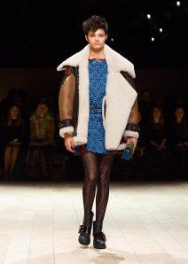Burberry Womenswear February 2016 Collection - Look 43.jpg