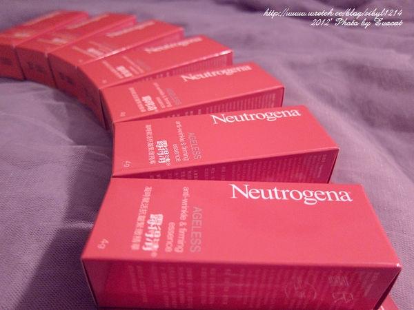 *試用文* Neutrogena 分層次微型抗老 露得清凝時賦活抗皺緊緻精華