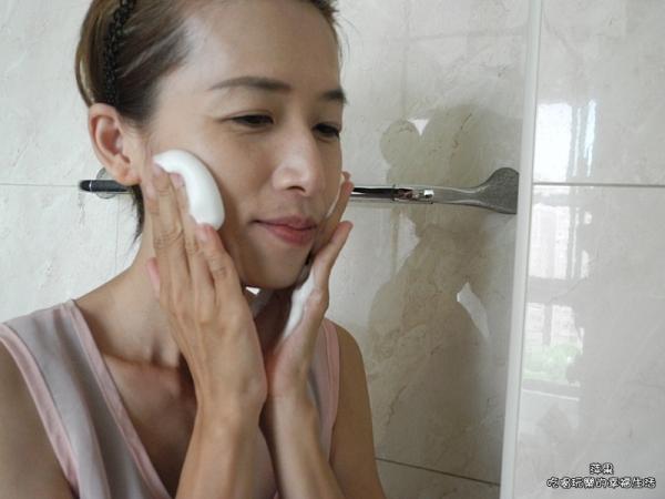 HADA NATURE肌純極凈泌亮溫和碳酸洗卸泡泡12.jpg
