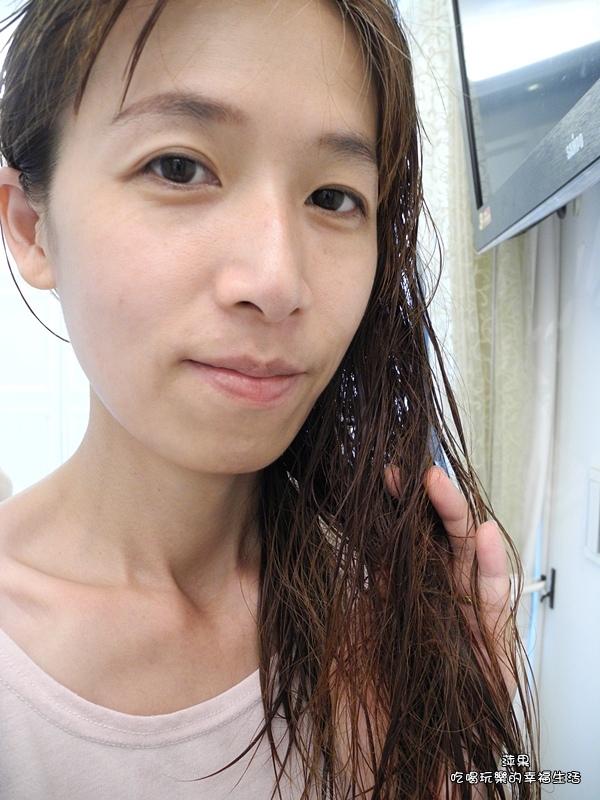 多芬日本植萃防斷髮柔韌洗髮露9.jpg