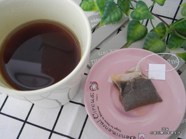 廖鄉長紅茶8.jpg