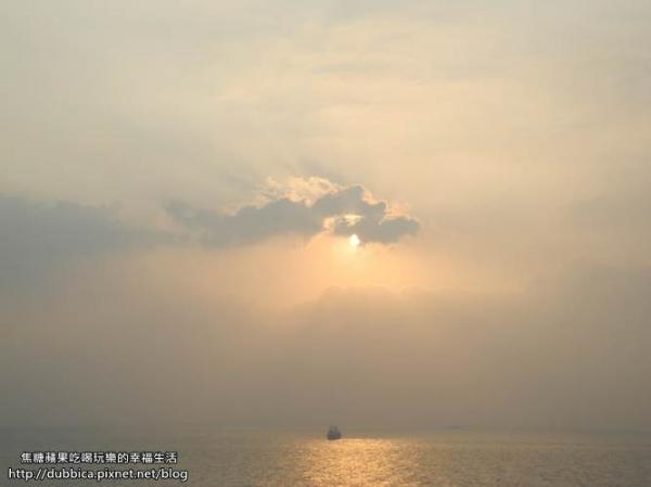 [高雄]夕陽美景下分享大碗公的幸福~西子灣+海岸咖啡