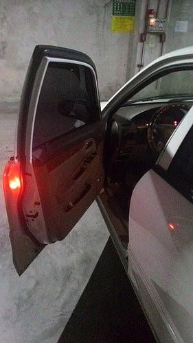 力巨人DWL 無線開門警示燈~上下車門安全有保障