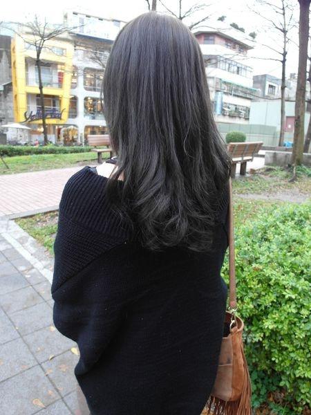 [染髮|髮品] 中山區 FIN美髮沙龍♥告別超大布丁頭,來點氣質的亞麻綠吧