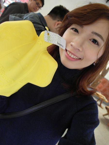 [台北|旅遊景點] 捷運中正紀念堂站-台灣禮品館♥快點一起來DIY手工皮革吧