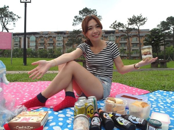 [食譜/野餐/健康|美食] 廣紘國際-Mega Harvest樂活野餐超值組,西班牙Maeloc麥佬水果酒,Darbo奧地利70%果醬♥一起來野餐吧