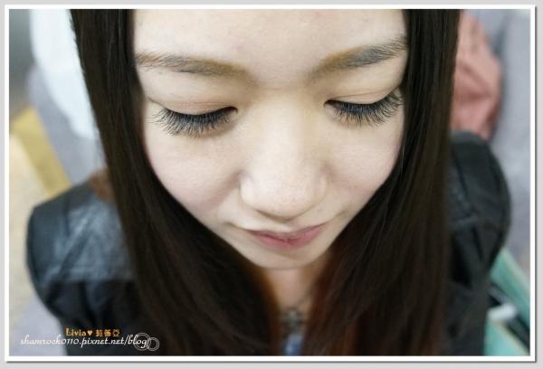 【Livia♥美妝】我愛上了接睫毛♥一起讓眼睛變得更美吧 喬米。時尚美學