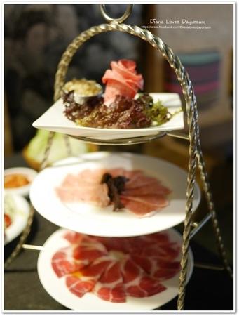 食記 ▍台中 ♥ 屋馬燒肉料亭♥ 精緻燒肉,時尚又美味,吃了就著迷