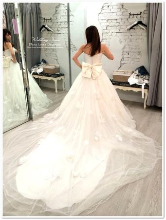 喜喜 ▍拍照款婚紗試穿 part 3 ♥ Diosa 手作婚紗 ♥