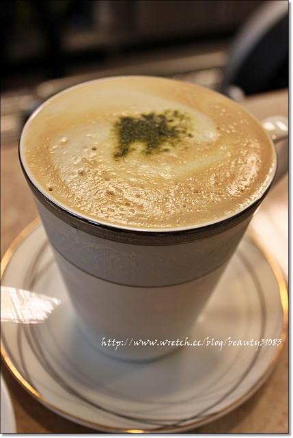 『苗栗美食』苑裡鹹甜美妙融合的獨特鬆餅-心戀coffee bar