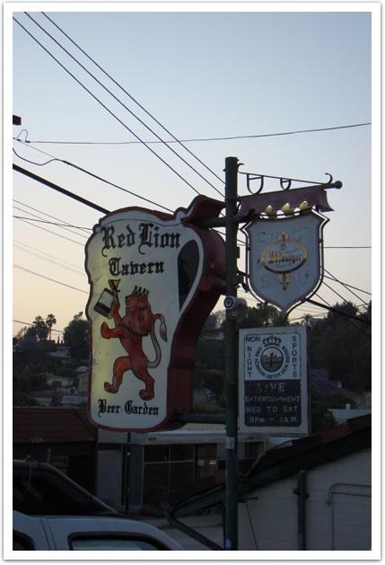 <LA>Red Lion Tavern