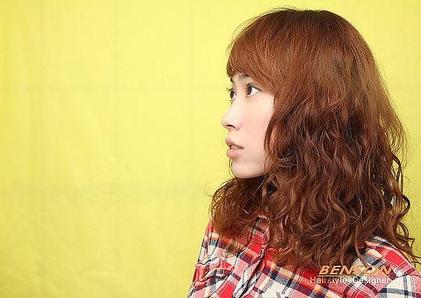 2014春夏流行髮型-甜美輕熟女優質溫朔燙-西門町燙髮髮型BENSON