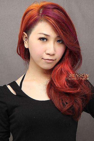 2014流行髮型【素人大改造】之現代摩登柔美龐克女孩!西門町尚洋髮型BENSON