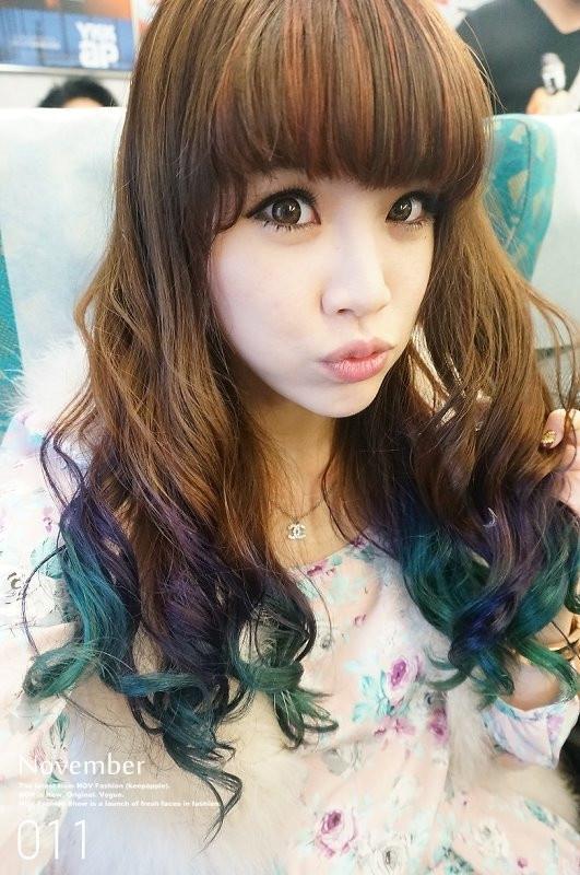 【HAIR】我新染的撞色染。三色漸層感之美人魚髮色mix片染瀏海❤