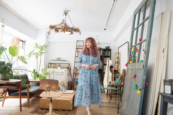 【穿搭】浪漫、典雅、甜美風格都OK。韓貨碎花洋裝收藏四件LOOKS分享