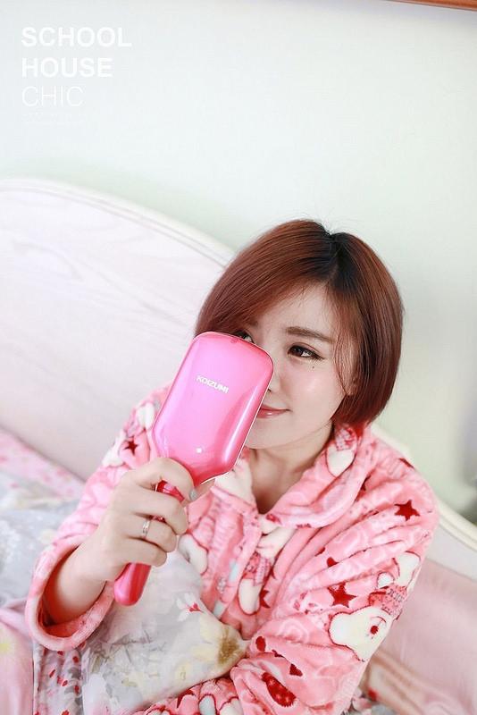 【美容3C】日本必買。防靜電讓髮絲不毛躁的KOIZUMI小泉音波磁氣美髮梳