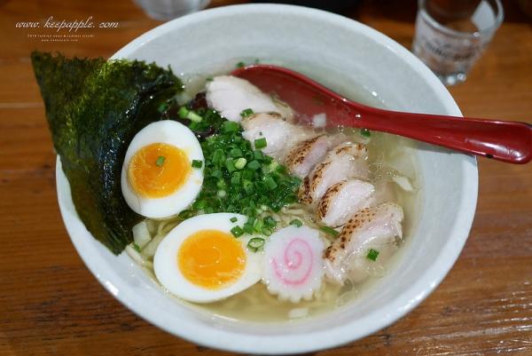 【逼先生專欄】《九州自由行:福岡篇(一)》外觀反差的超濃厚鹽味湯頭、福岡機場必吃拉麵429