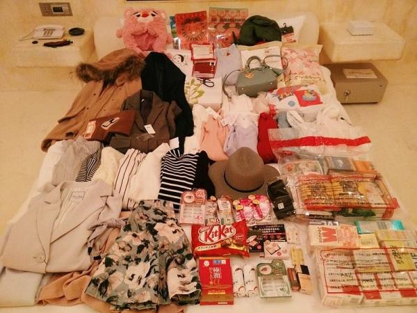 【旅行+敗家】日幣貶值真的太好買了!!大阪自由行滿床戰利品來也