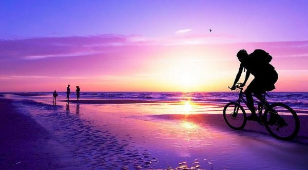 【逼先生專欄】《世界最美的12個海灘》小逼果然是見識淺薄!!!