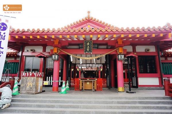 【逼先生專欄】沖繩自由行:沖繩第一神社波上宮、簡易洗手步驟教學