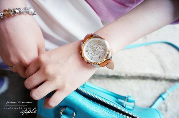 【敗家】歐洲戰利品。百搭又有質感的經典造型FOSSIL三眼腕錶