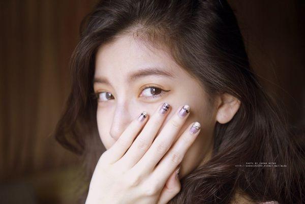 【指彩】OPI金屬色+小鬍子指甲貼的DIY指尖藝術