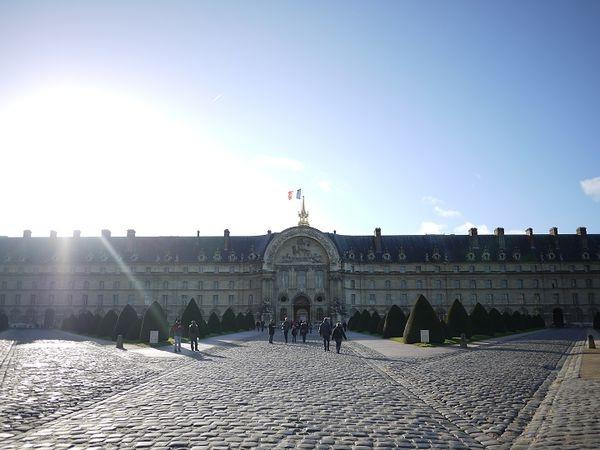 【法國】美麗又討厭的巴黎,蜜月自由行DAY6:羅丹美術館、傷兵院、戰神公園、巴黎鐵塔!