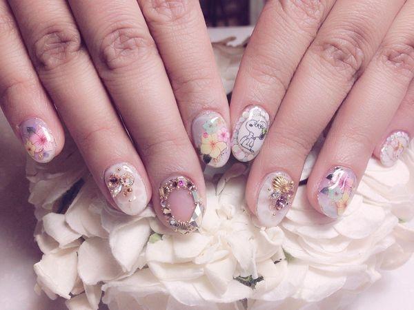 【美甲與遊記】去赫司緹雅作Snoopy光療指甲,去高雄駁二看Snoopy 65週年巡迴特展!!