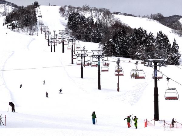 走,讓我們滑雪去▋長野縣~戶狩溫泉滑雪場+戶狩溫泉旅館,滑雪泡湯一趟旅行雙重享受