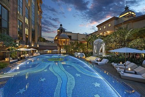 54MOTPE Swimming Pool 泳池