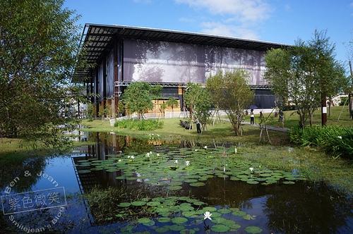 ▋宜蘭景點▋羅東鎮.羅東文化工場~貌似宇宙戰艦多功能公共建築(第49屆金馬獎場地)