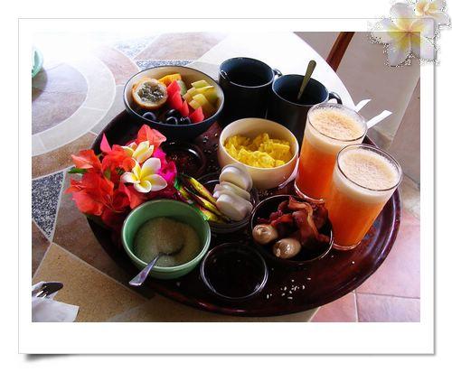 [峇里島]烏布/阿泳河泛舟騎大象<br/>LAKA  LEKE髒鴨餐+烏布傳統市場+LU LU SPA