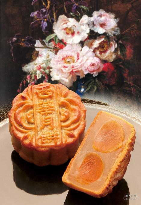 西華飯店月餅(怡園極致手工月餅) 精緻絕美的木盒與極致華麗的美味,送禮自用兩相宜