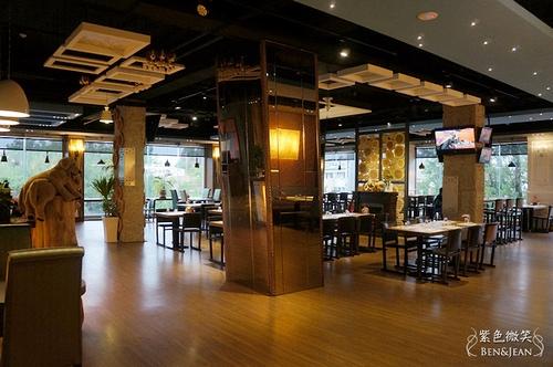 ▋宜蘭咖啡廳▋宜蘭市.摩爾先生的餐廳~空間寬敞舒適、非常適合聊天(結束營業)
