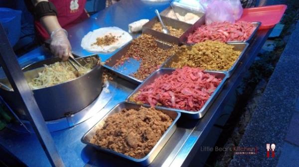【林口食記】20元超划算潤餅—一個星期只賣一晚的大排隊店