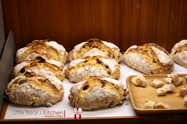 【美食推薦】小茶栽堂之「小巴黎人麵包製作所」—-不可錯過的美味日法茶麵包
