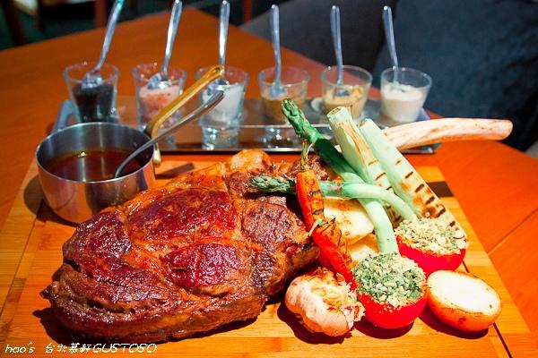 【台北大安】台北慕軒GUSTOSO餐廳 - 碳烤安格斯極黑牛/ 義式碳烤和牛戰斧牛排(邀約)