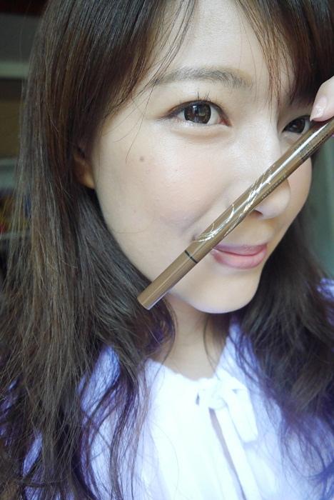 要畫好眉毛的首要秘訣就是:擁有一支好畫的眉筆【Integrate 2in1繪型持色眉筆】