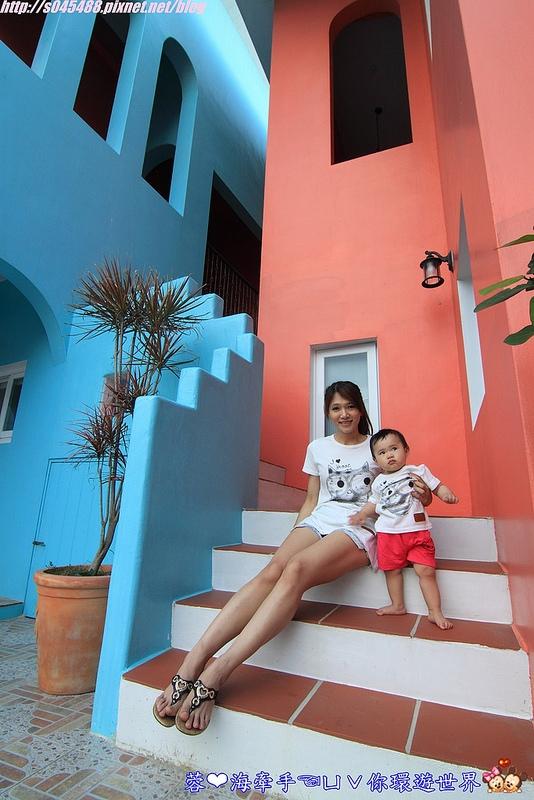 【宿▍屏東】美好墾丁旅閣ღ漆上鮮艷的色彩,像掉進了童話故事的小屋