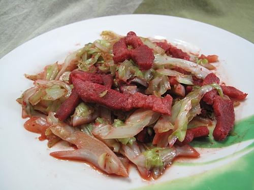 美鵝王-蜜汁叉燒炒高麗菜