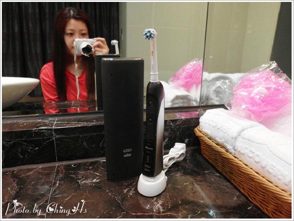 Oral B P7000電動牙刷 (25).jpg