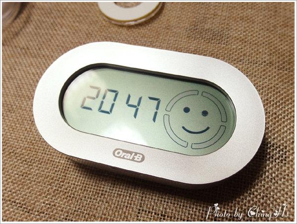 Oral B P7000電動牙刷 (10).jpg