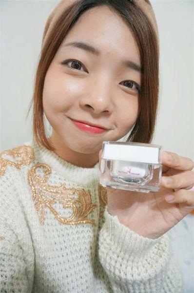 (體驗)國寶級保養品✔用蘭花保養肌膚吧!::Sunray's 台灣富貴錦蘭花植萃凍齡賦活肌膚霜::