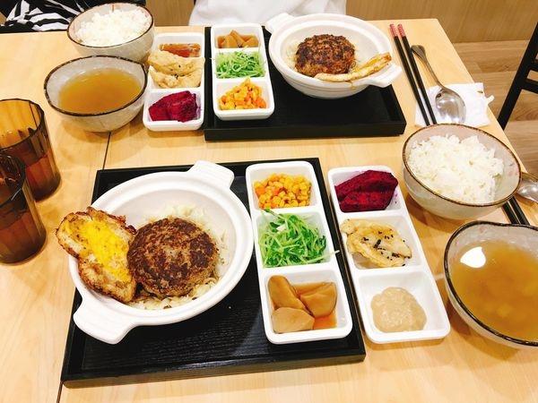 (美食)北市大安「暖心日式洋食館」捷運國父紀念館站也能吃到日式漢堡排囉!