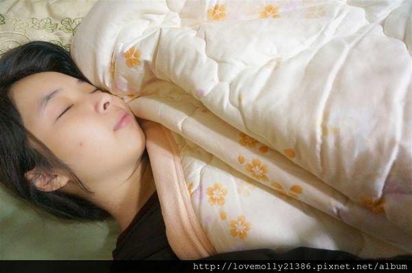 (分享)越睡越健康一夜好眠帶著走!::晶能量 光波能量睡覺機::