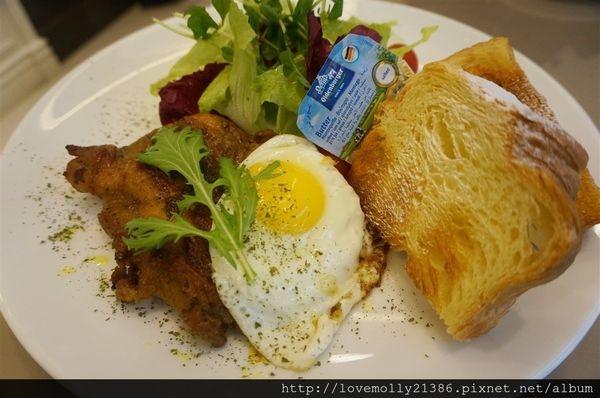 (美食)新北 新莊早午餐、下午茶推薦✔::TOUCH CAFE 塔奇咖啡館::