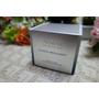Avon雅芳新活三分子水膜霜,觸感清爽、長效潤澤且一瓶雙用的推薦高效保養霜