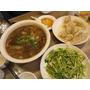 【奧麗薇在北京】Day 1:我抱著一切都很新鮮的心情來到北京旅行!讓我們就以煤市街東北家鄉菜開啟全14天的北京美食行程吧!